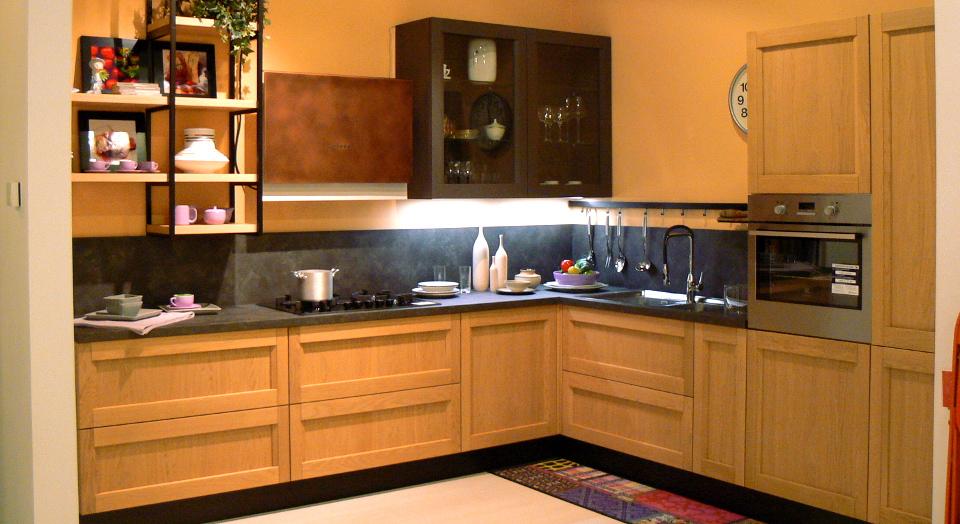 Per gli amanti del classico anta telaio arredamenti mantova ponti arredamenti dal 1954 - Cucina classica contemporanea ...
