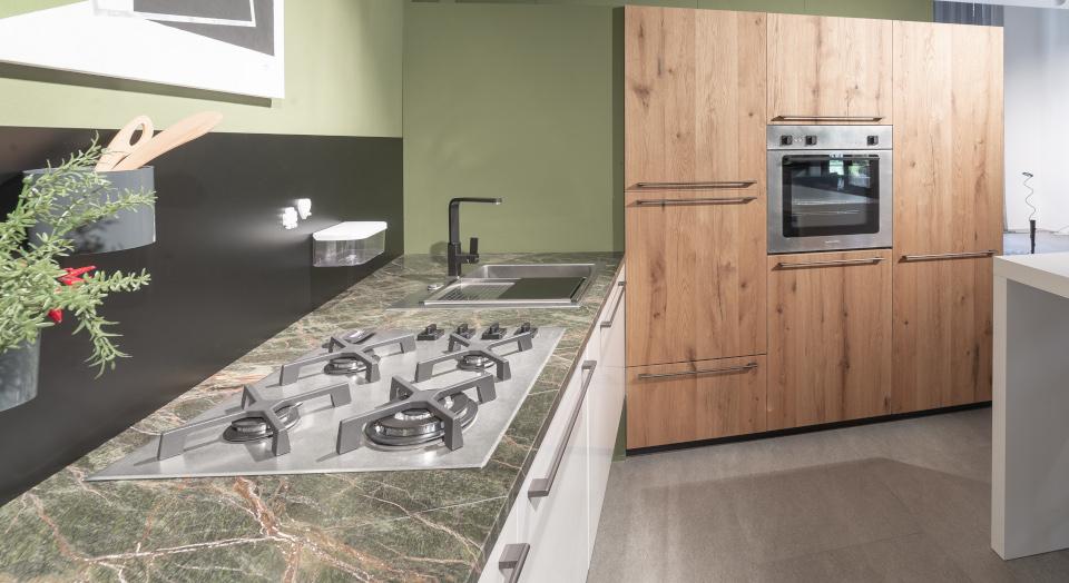 La cucina: luogo di sperimentazione - Arredamenti Mantova ...